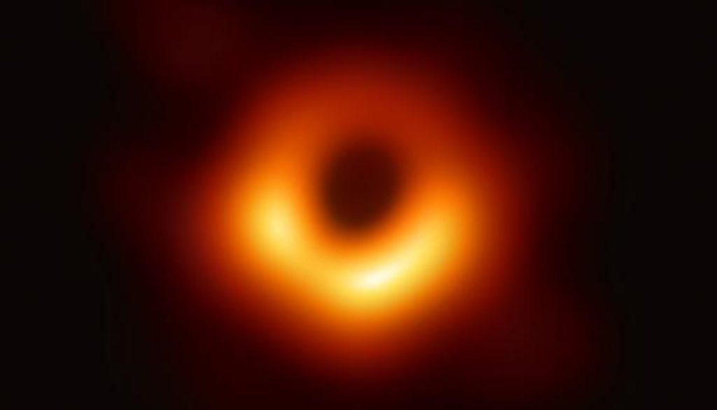 Black_hole_-_Messier_87_crop