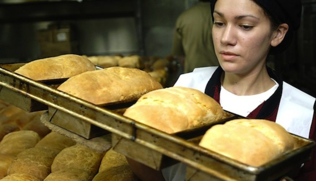 baker_baking_bread