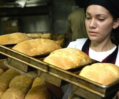 baker_baking_bread
