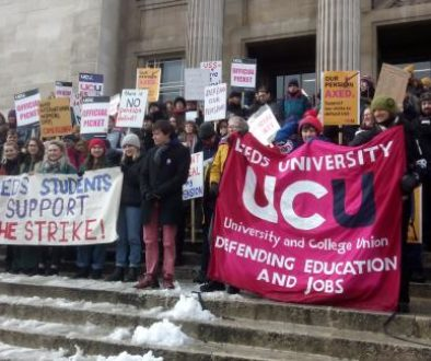 2018_Staff_and_students_protesting_Leeds_University