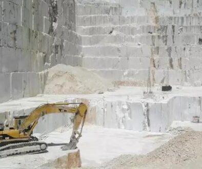 marble-quarry-carrara