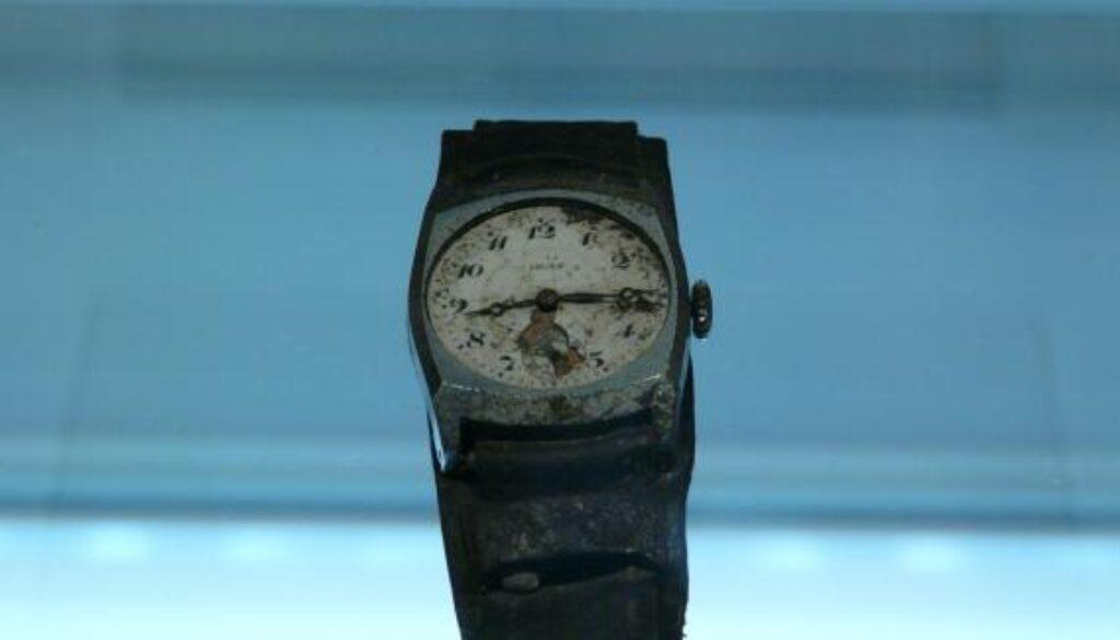 Hiroshima_museum_watch