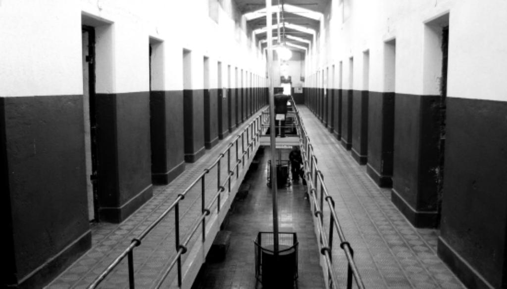 prisonMOD